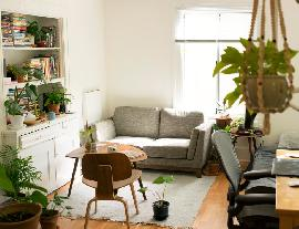 6 Ways To Prevent Visual Clutter In a Small Living Room